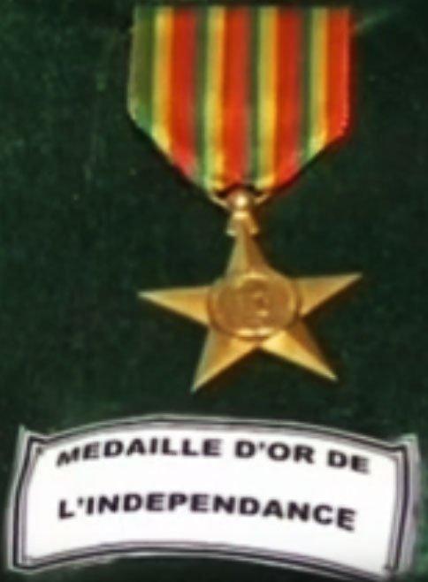 La médaille d'or de l'indépendance